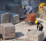 Kőműves, házépítő tevékenység